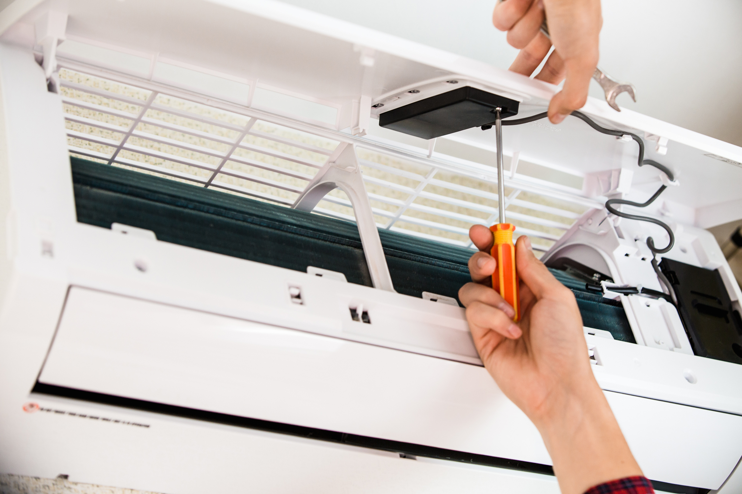 Emergency Aircon Repair and Regular Repair Services